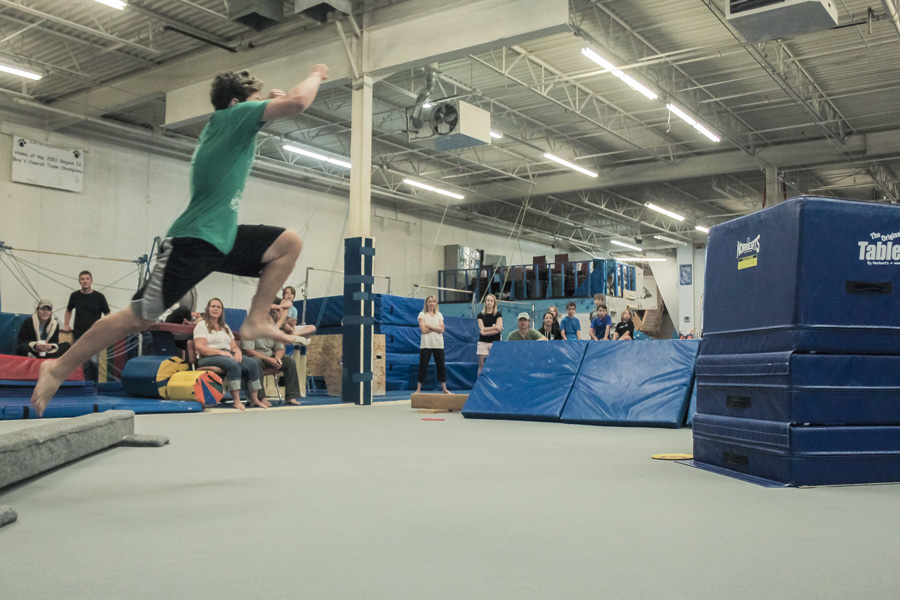 Boulder Parkour Competitions, Dylan Cat Grab